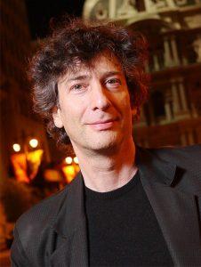 Neil Gaiman, autor Amerických bohov, Oceánu na konci ulice a Dobrých znamení